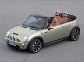 2007 MINI Cooper Convertible with Sidewalk Package