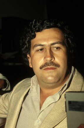 portrait of pablo escobar in 1988
