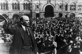 Lenin speaks to troops gathered in Red Square.