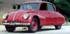 As this 1938 model shows, it was a scaled-down T87 on a 9.9-inch shorter wheelbase.