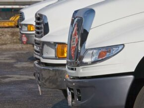 Taking certain cooling precautions, like checking your radiator or adding the right type of coolant, will give your towing vehicle better performance.