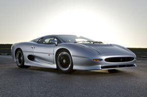 The Jaguar XJ220