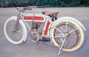 Schwinn's venture into the motorcycle market would last until 1931.