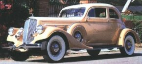 The Silver Arrow continued into 1935 on the same 144-inch wheelbase as the year before. New louvers were among the changes seen on the final model.