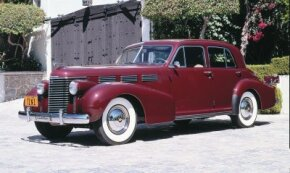 The 1938 Cadillac's beautiful design was among the best of the 1930s.