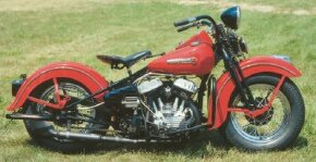 The 1948 Harley-Davidson WL looked very similar to Harley's Big Twin flatheads of the era.