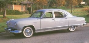 The 1951 Kaiser Traveler received the same handsome all-new styling as the rest of the Kaiser-Frazer line.