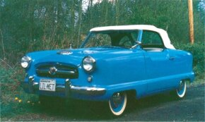 Skirted fenders, seen on this 1954 model, gave the Metropolitan a wide turning radius.