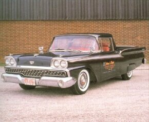 All 1959 Rancheros were Customs, which means they got a single beltline chrome strip. That didn't mean, however, that they couldn't be dressed up.