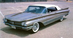 Though tamed down somewhat from flamboyant 1959, the 1960 Buick Electra nonetheless exhibited highly stylized lines. See more classic car pictures.