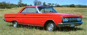 1964 Comet Cyclones looked a lot like standard Comets except for their chrome wheel covers. See more classic car pictures.