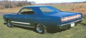 The Sport Satellite's muscle-bound brother, the GTX, started out with a 375-horsepower 440.