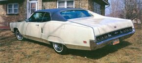 When ordered with the vinyl roof, the 1969 Mercury Marauder X-100 didn't feature the matte-black rear deck of other X-100s.