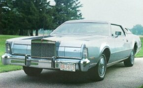 The 1973 model came with a five-mph front bumper, which added 130 pounds to the weight of the car.