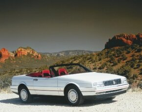 The 1987 Allante included a lift-off hardtop with a built-in electric rear-window defroster.