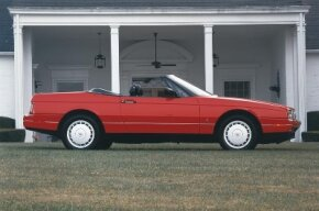The 1989 Allante saw an improvement in sales after a number of significant technical improvements.