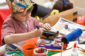 Crafts are a great way to entertain young guests and provide a fun alternative to the traditional birthday goodie bag.
