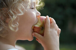Reward your little scholar with a healthy after-school snack.