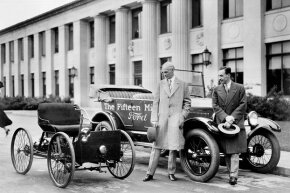 1927: Henry Ford (left) and his son Edsel (right) stand next to the first and the 15-millionth Ford.