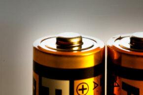 """电池如何发动我们的世界?查看更多电池照片。""""border="""