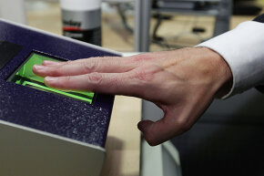 England introduced in 2009 a biometric identity card with data technology similar to that developed by Pay by Touch.