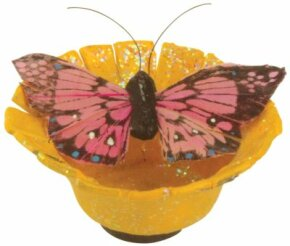 This butterfly magnet brings the beauty of your garden to the front of your refrigerator. Who could want more?