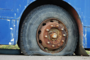 Car Safety Image Gallery All drivers should be able to change a flat tire. See more car safety pictures.