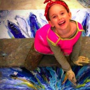 Child prodigy painter Autumn de Forest at age 7