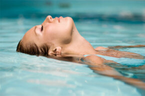 Chlorine can cause fine lines and wrinkles, and some people may develop a rash from chlorine exposure.