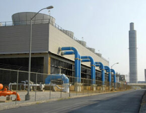 This power plant w­ith scrubbing technology is not only a lot cleaner than regular plants, but also a lot more expensive.