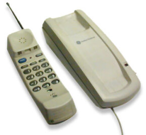 GE cordless phone, including handset and base unit
