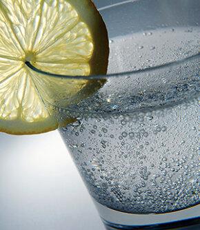 Drink G&T for a slimmer, svelter waistline.