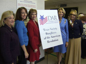 Texas Society DAR members at a naturalization ceremony. DAR offers assistance to new U.S. citizens through education and encouragement.