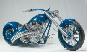 DD Custom Cycles Pro Street Chopper balances great design and impeccable workmanship.