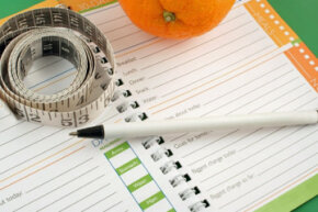 Unless you enter everything, the food journal won't be able to help you. See what not to do in these diet fads pictures.