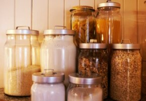 Jars make good food storage containers.