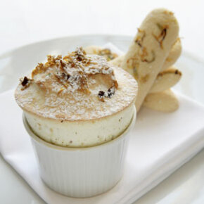 French grande cuisine is as delicious as it is elegant. Check out these international snacks pictures.