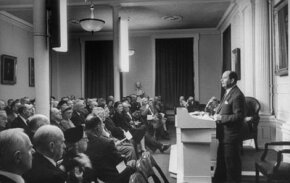 "John von Neumann, co-author of ""Theory of Games and Economic Behavior,"" gives an extemporaneous lecture on computing machines before the American Philosophical Society."