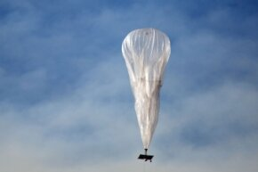 Can balloons like this make the Internet accessible to everyone? That's Google's plan.