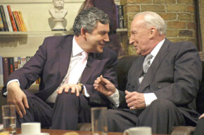 "British politician Gordon Brown and ""House of Cards"" actor Ian Richardson in 2006."