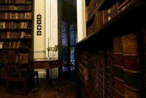 A glimpse of Thomas Jefferson's library at his home, Monticello
