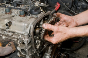 Replacing a car's engine can be a complex task.