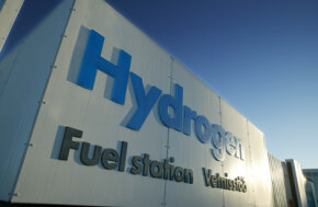 Will hydrogen fuel replace fossil fuel?