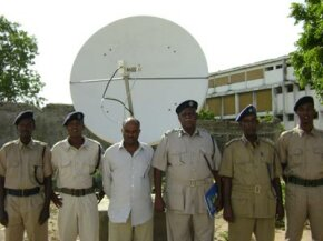 The National Central Bureau (NCB) in Mogadishu is connected to the I-24/7 network system by satellite. The system allows contact with other countries around the clock.