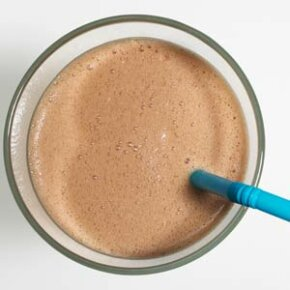 A meal-replacement shake might be OK for an on-the-go lunch. But what about an entire diet limited to liquids only? See more weight loss tips pictures.