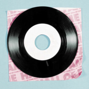 Make sure your vinyl is spotless before you start recording.
