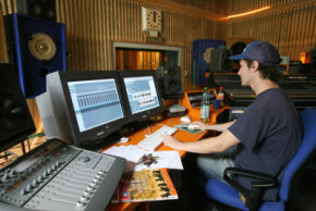 MIDI software programs let engineers combine multiple electronic instruments.