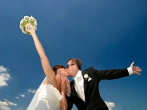 Does marriage make people happier, or do happier people get married?