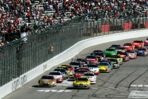The start of the NASCAR Nextel Cup Series Pepboys Auto 500 at Atlanta Motor Speedway on Oct. 28, 2007, in Hampton, Ga.