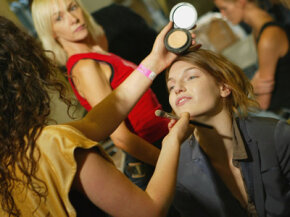 """Makeup Tips Image Gallery Cosmetics that tout """"natural"""" ingredients can be found everywhere from luxury brands to drugstore lines. See more pictures of makeup tips."""